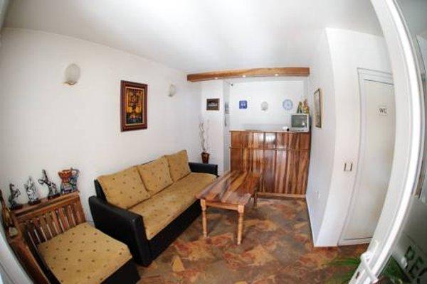 Family Hotel Nadejda - 6