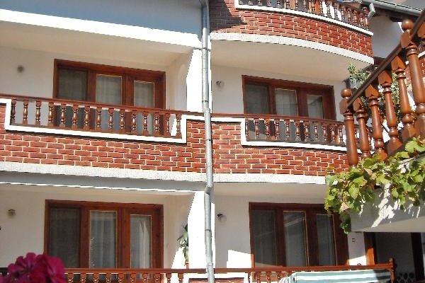 Boyadjiyski Guest House - фото 9