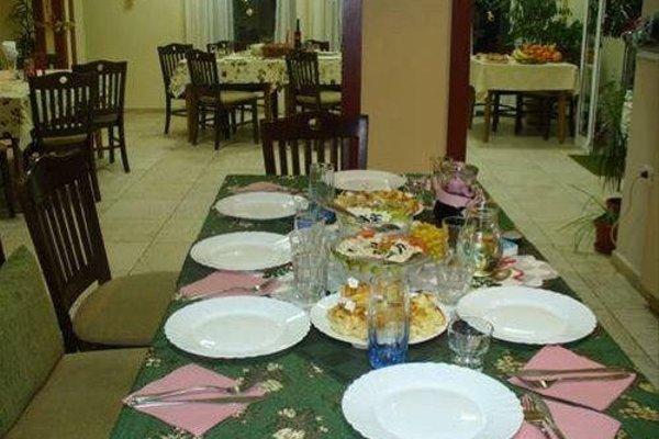 FAMILY HOTEL SASHA - фото 8