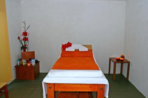 Pirina Club Hotel - 3