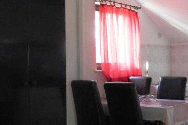 Nikolina Rooms - фото 17