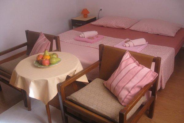 Nikolina Rooms - фото 4