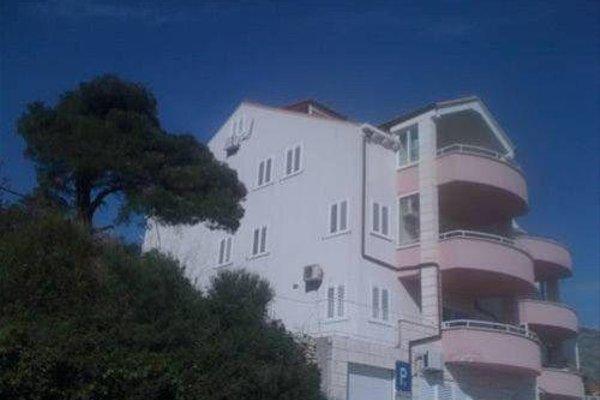Mediterranean Blue Apartments - 18