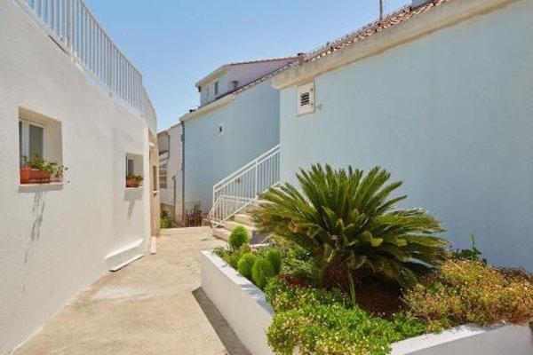 Nice View Apartment - фото 25