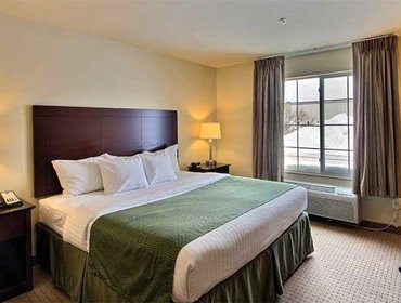 Апартаменты Cobblestone Inn & Suites - Bloomfield