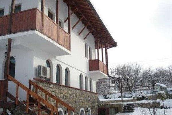 Guest House Diabora - фото 11