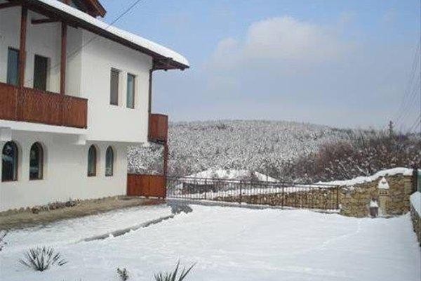 Guest House Diabora - фото 14