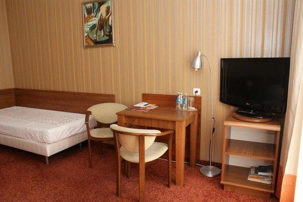 Grot Hotel - фото 3