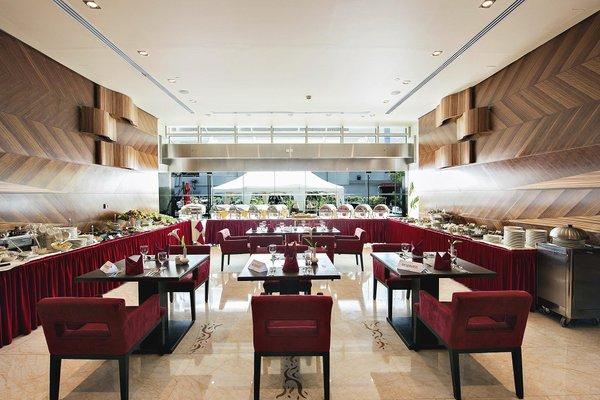 Emirates Grand Hotel - фото 10