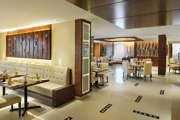 Emirates Grand Hotel - фото 12