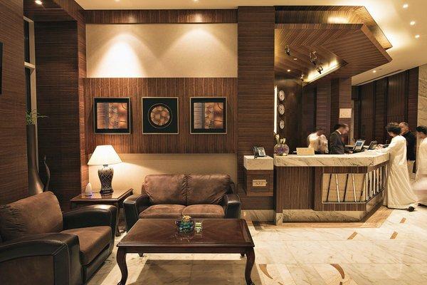 Emirates Grand Hotel - фото 3