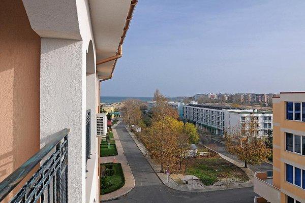 Комплекс Каролина (Karolina Apartment Complex) - 19