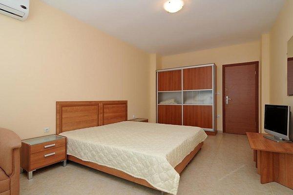 Комплекс Каролина (Karolina Apartment Complex) - 4