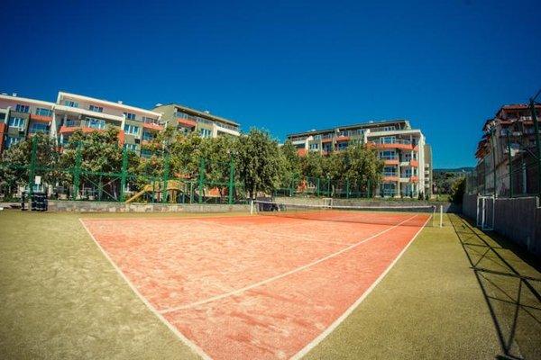 Green Fort Noks Apartments - фото 13