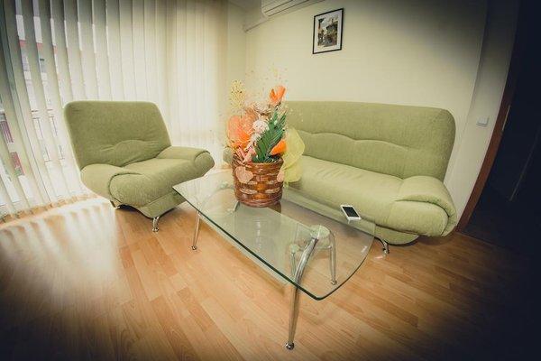 Green Fort Noks Apartments - фото 7