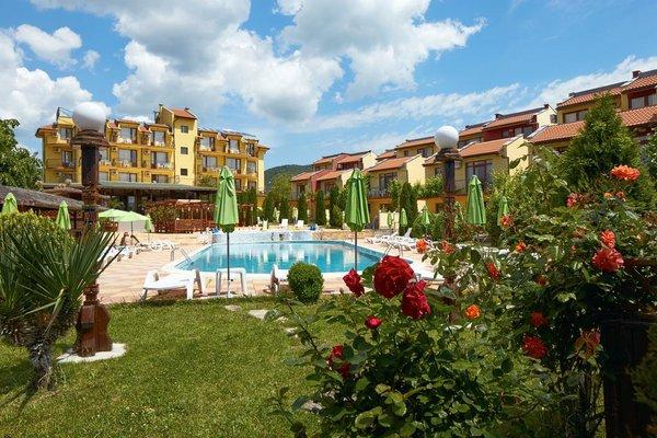 Yalta Hotel - фото 18