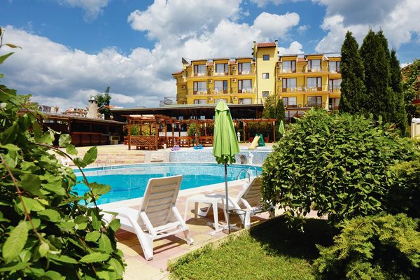 Yalta Hotel - фото 19