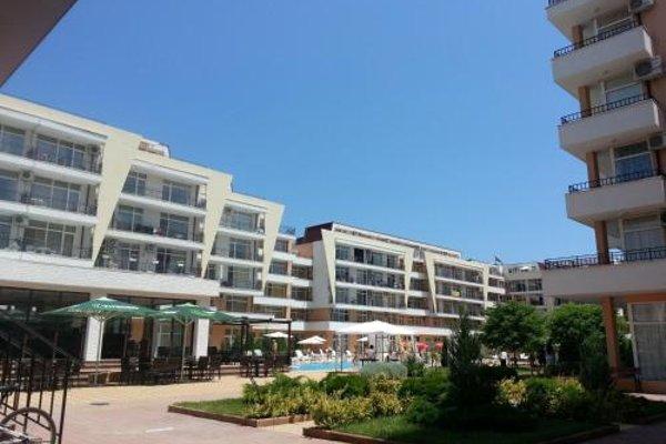 Grand Kamelia Apartments (Апартаменти Гранд Камелия) - 14