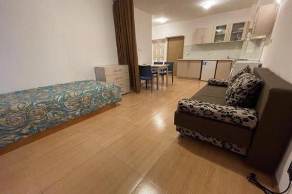 Grand Kamelia Apartments (Апартаменти Гранд Камелия) - 16