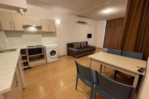 Grand Kamelia Apartments (Апартаменти Гранд Камелия) - 17