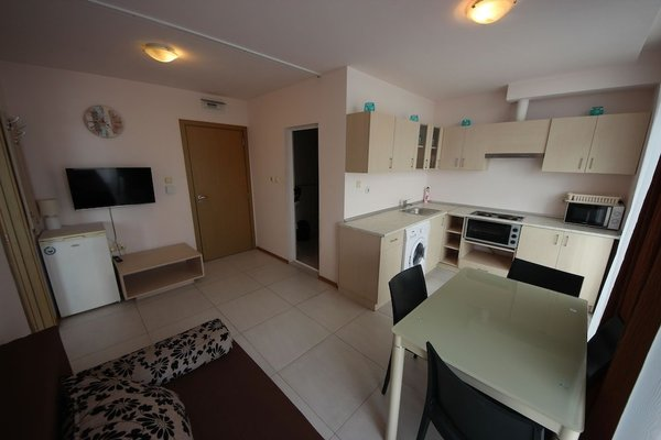 Grand Kamelia Apartments (Апартаменти Гранд Камелия) - 8