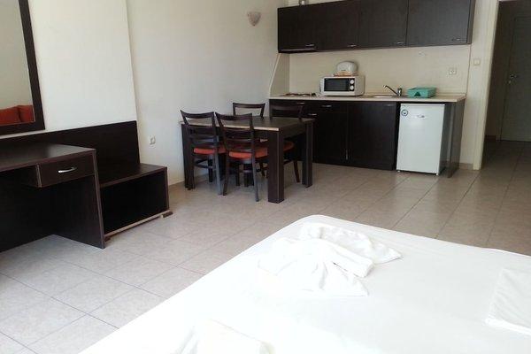 Menada Forum Apartments - фото 7