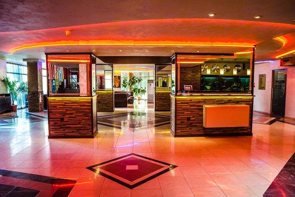 Havana Hotel & Casino (Гавана Отель & Казино) - фото 13