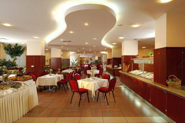 DoubleТree by Hilton Varna Golden Sands - 7