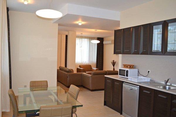 Apartments in Royal Beach Plaza - фото 11