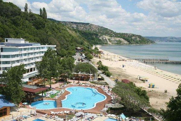 Arabella Beach Hotel - 22