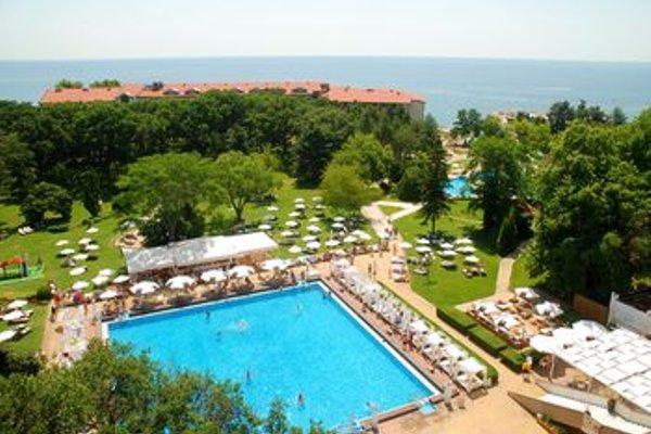 Grand Hotel Varna (Гранд-отель Варна) - фото 50