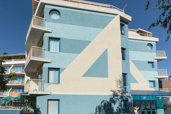 Аквамарин (Aquamarine) - фото 23