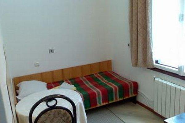 Sportna 17 Guest Rooms - фото 4
