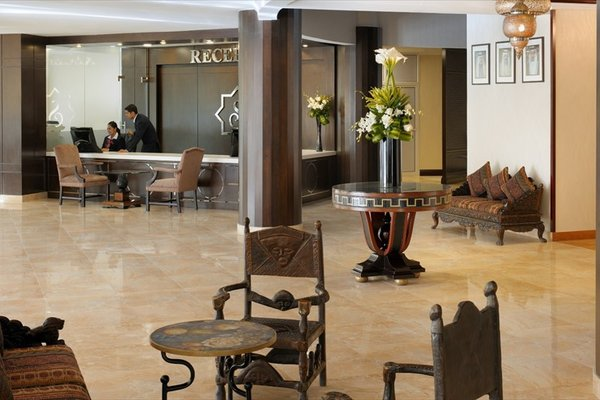 Al Safir Hotel & Tower - фото 8