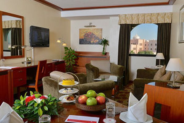 Ramada Hotel Bahrain - фото 4