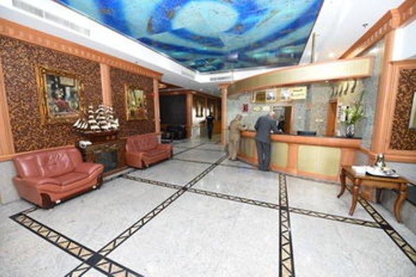 Taj Plaza Hotel - фото 14