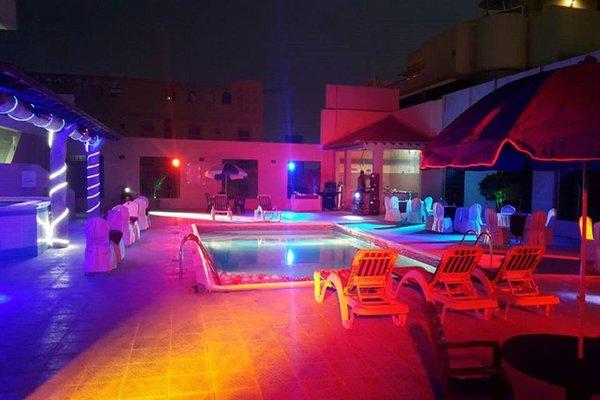 Taj Plaza Hotel - фото 17