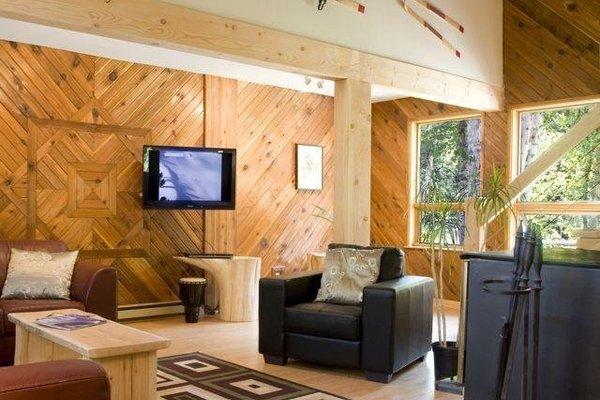 Golden Rockies Lodge - фото 3