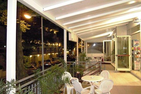 Hotel Nives - 12