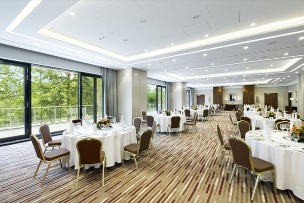 DoubleTree by Hilton Hotel & Conference Centre Warsaw - 12