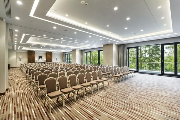 DoubleTree by Hilton Hotel & Conference Centre Warsaw - 15