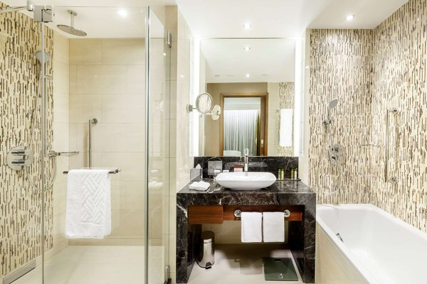 DoubleTree by Hilton Hotel & Conference Centre Warsaw - 9