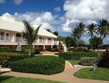 Apartments GetAways at Dover House Resort