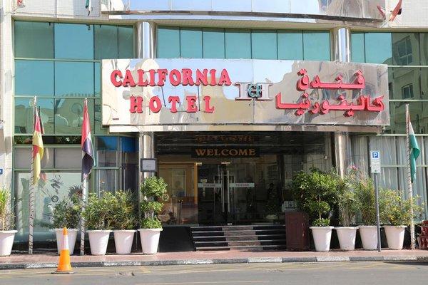 California Hotel - фото 13