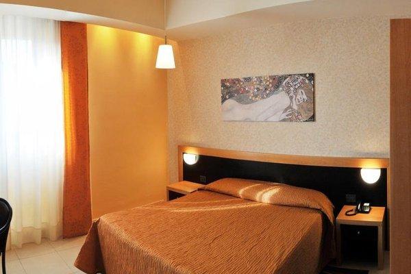 Grand Hotel Italiano - фото 4