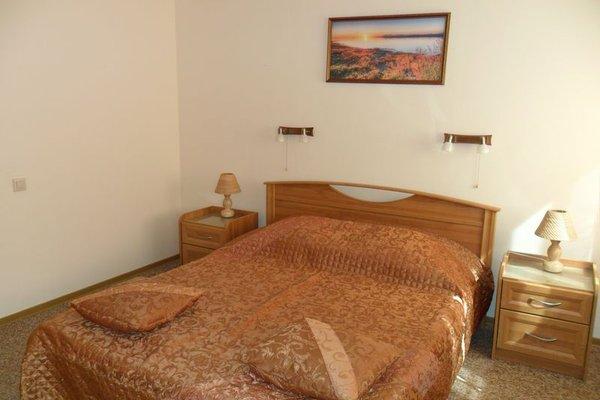 Tsaritsynskaya Hotel - photo 10