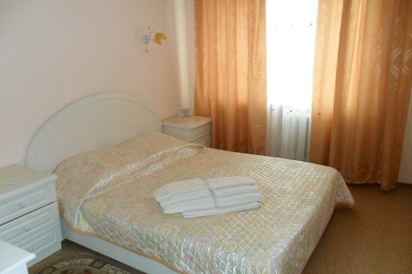 Tsaritsynskaya Hotel - photo 8