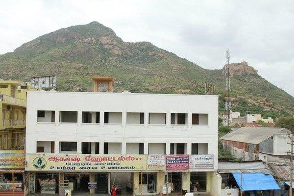 Aakaash Hotel - фото 12