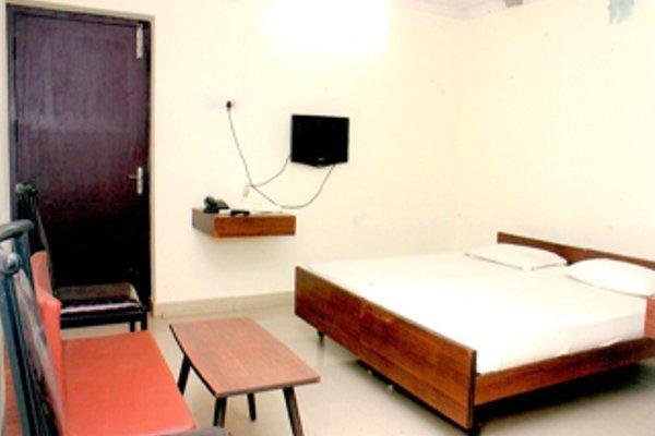 Aakaash Hotel - фото 3