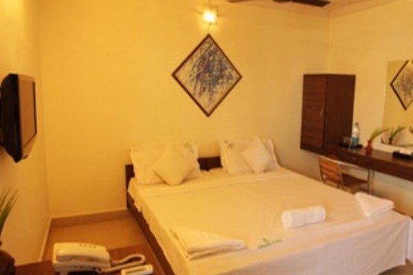 Aakaash Hotel - фото 5